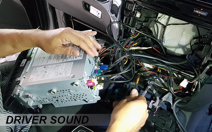 Benz GLE 500e ติดตั้งกล่องดิจิตอลทีวี และ ระบบกล้องบันทึก หน้า หลัง